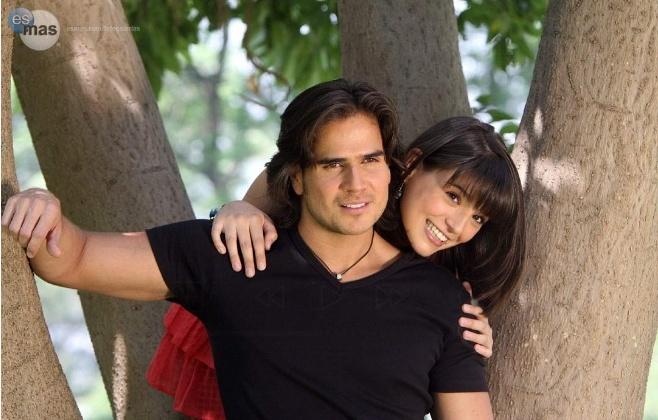 Gaby Mellado y Daniel Arenas