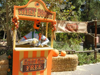 Halloween Carnival- ticket booth