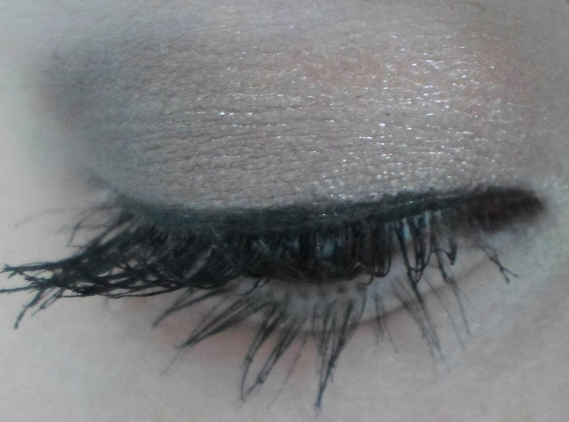 maybelline colour tattoo on and on bronze eye make up look
