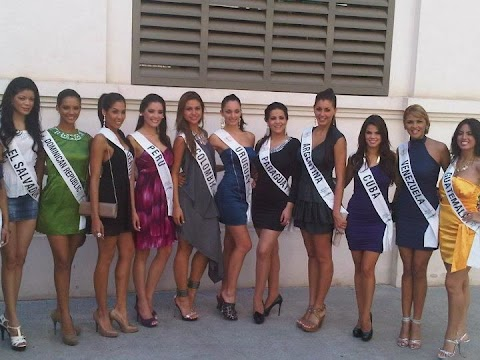 Silvana Monier es Perú en Miss Intercontinental 2011
