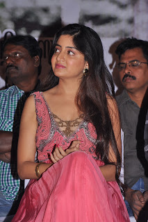 Poonam_Kaur_Photos_At_Guest_Movie_audio_function_gallery