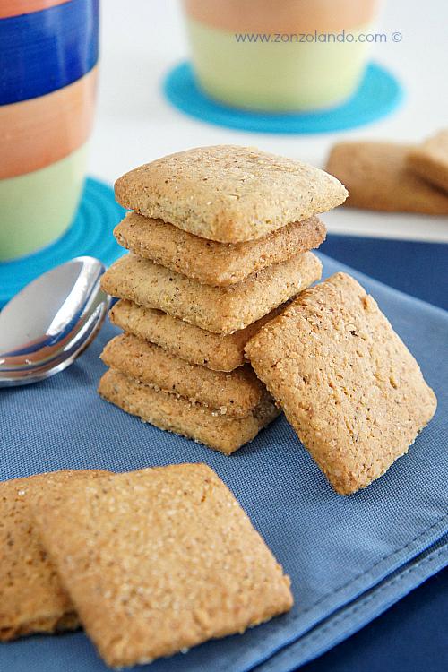 Biscotti perfetti per il cappuccino simili ai molinetti con farina integrale e grano saraceno ricetta - buckwheat cookies recipe