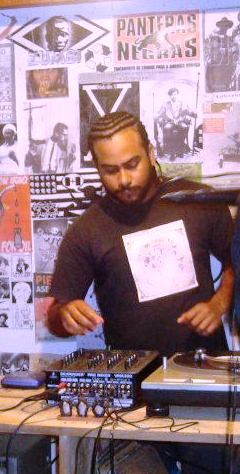 Alexander Humberto Nelio  (DJ NÉLIO)
