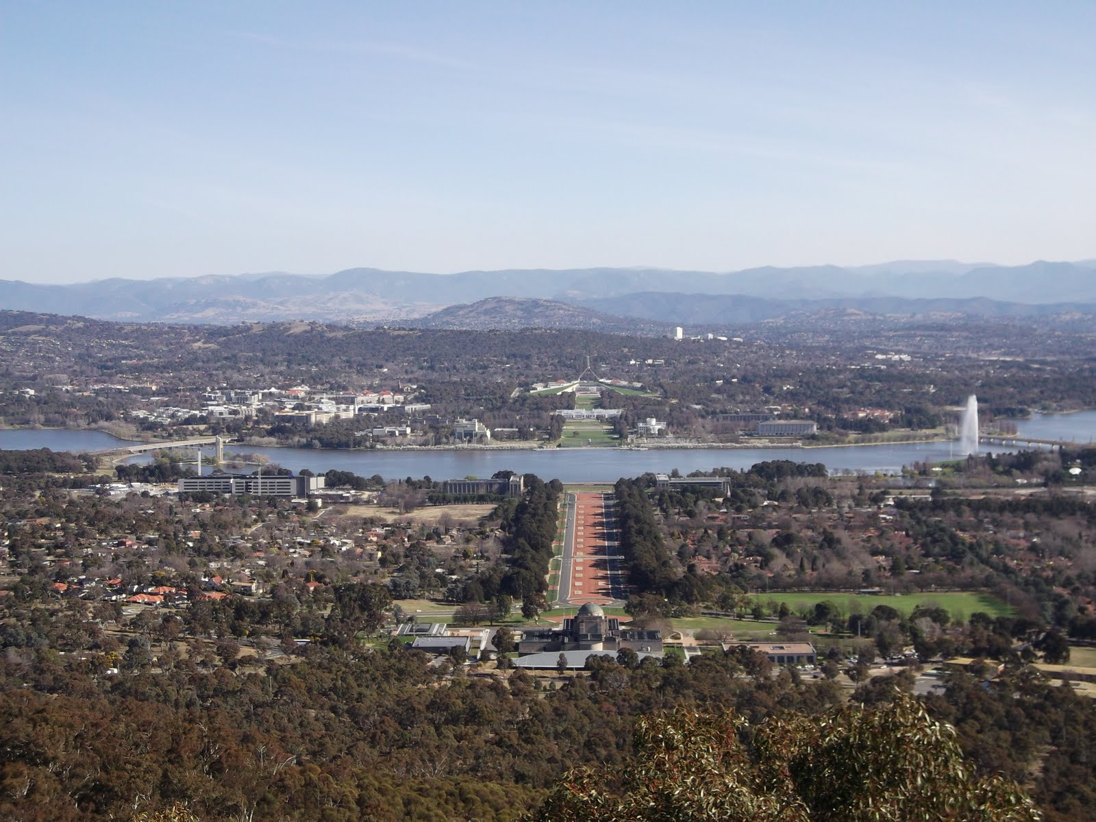 diary of a wombat mount ainslie and the telstra tower. Black Bedroom Furniture Sets. Home Design Ideas