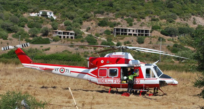 Elicottero Vigili Del Fuoco Verde : Il nucleo elicotteri dei vigili del fuoco festeggia
