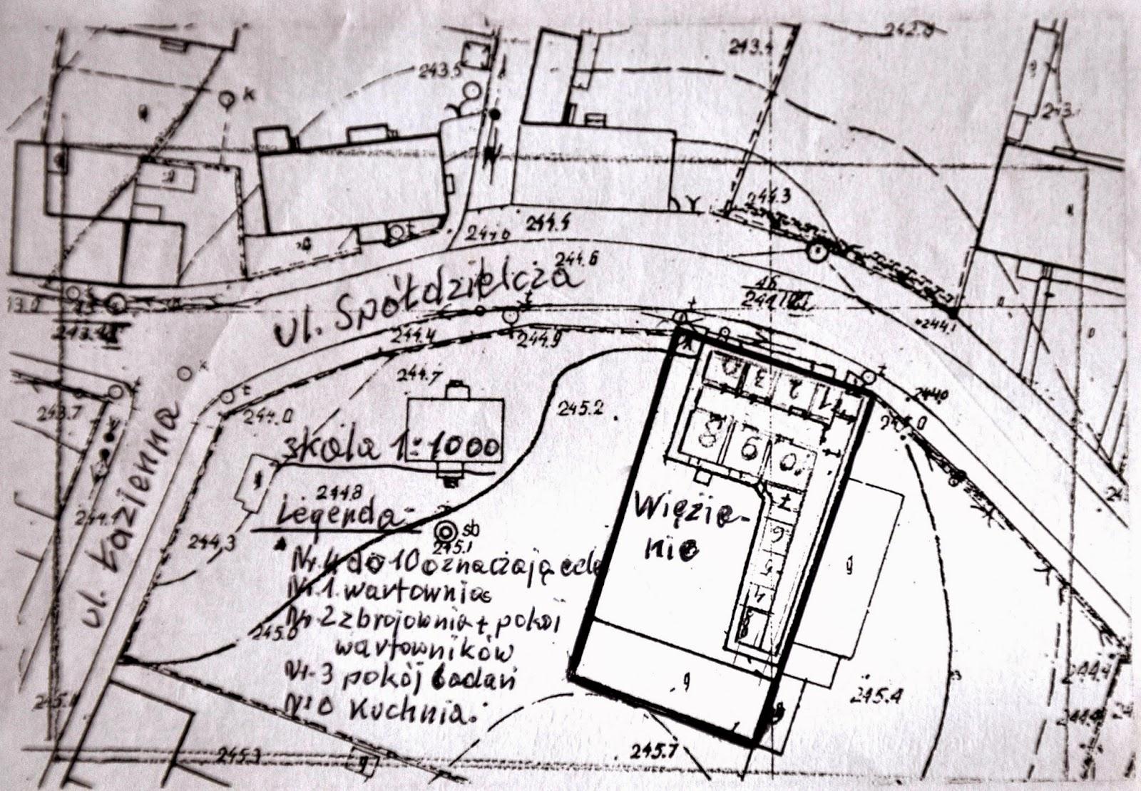 Szkic Feliksa Przyborowskiego koneckiego więzienia z zaznaczeniem rozmieszczenia pomieszczeń. W zbiorach KW