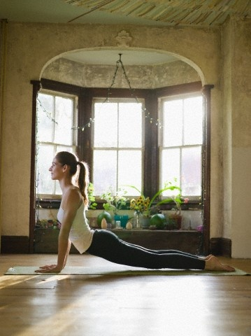 Susan hawke yoga and meditation rooms for Small meditation room