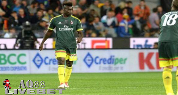 Agen Piala Eropa - AC Milan membawa pulang tiga poin dari markas Udinese usai menang 3-2 di Stadion Friulli,