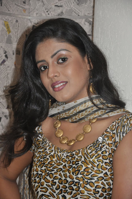 iniya new in mouna guru audio launch photo gallery