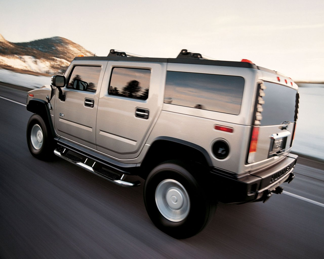 All bout cars hummer h2 yearly american sales vanachro Image collections