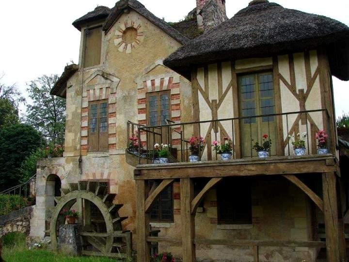 قرية بوكيت السياحية