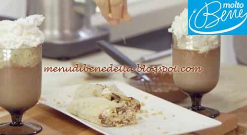 Rotolo dolce di piadina con smoothie ricetta Parodi per Molto Bene su Real Time