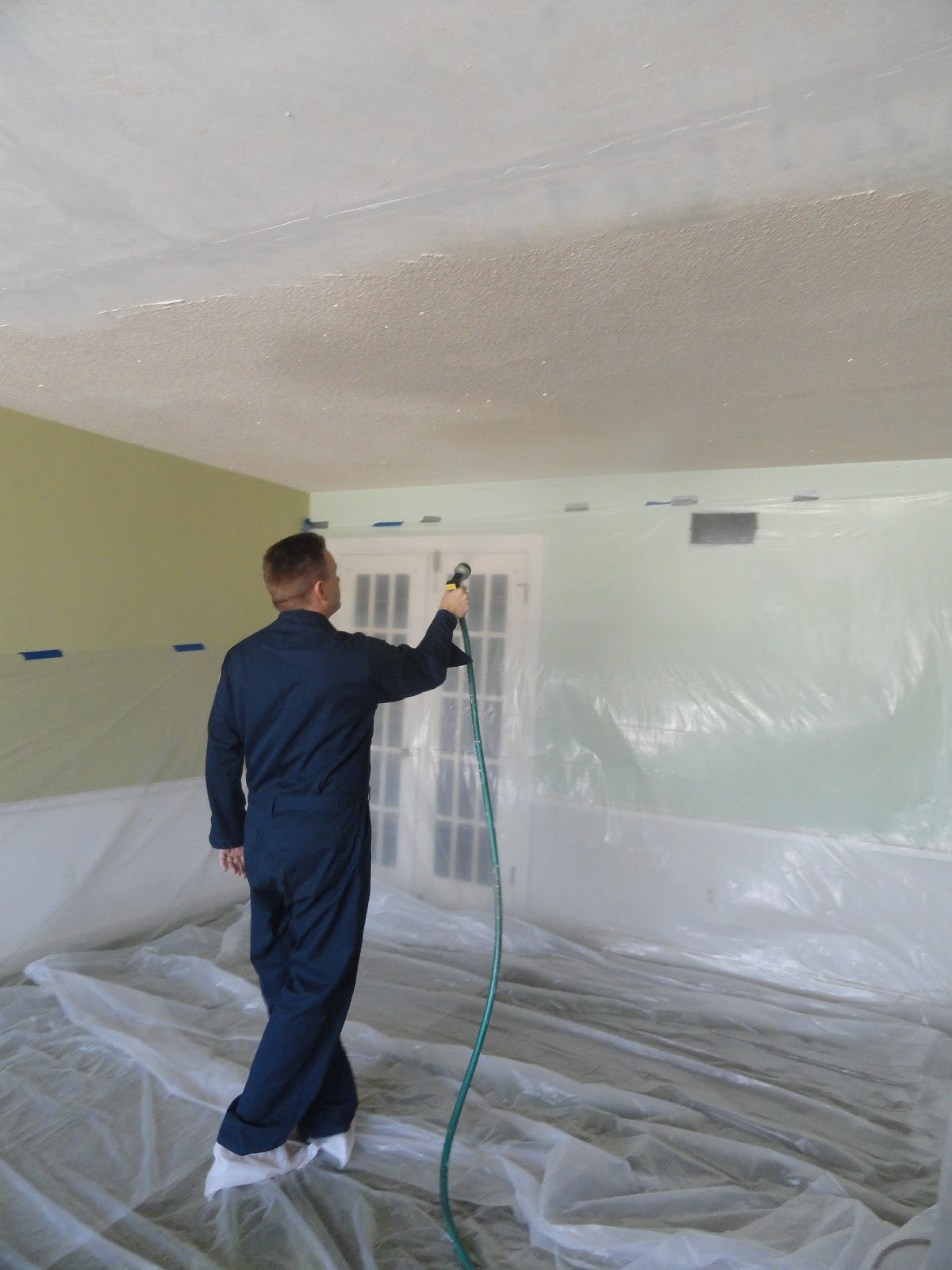 House 2 home diy popcorn ceiling removal for How to remove popcorn ceiling without water
