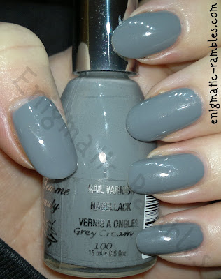 swatch-la-femme-grey-cream-100
