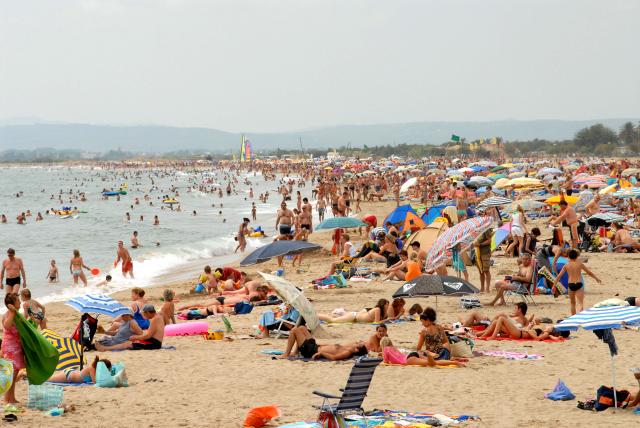 foule-sur-la-plage.1220466700