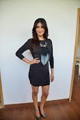 Shruti Haasan Glam pics-thumbnail-20