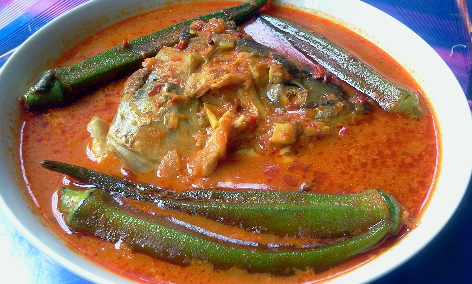 Zue's Personal Blog: Fish head curry - Salmon Fish Head Curry