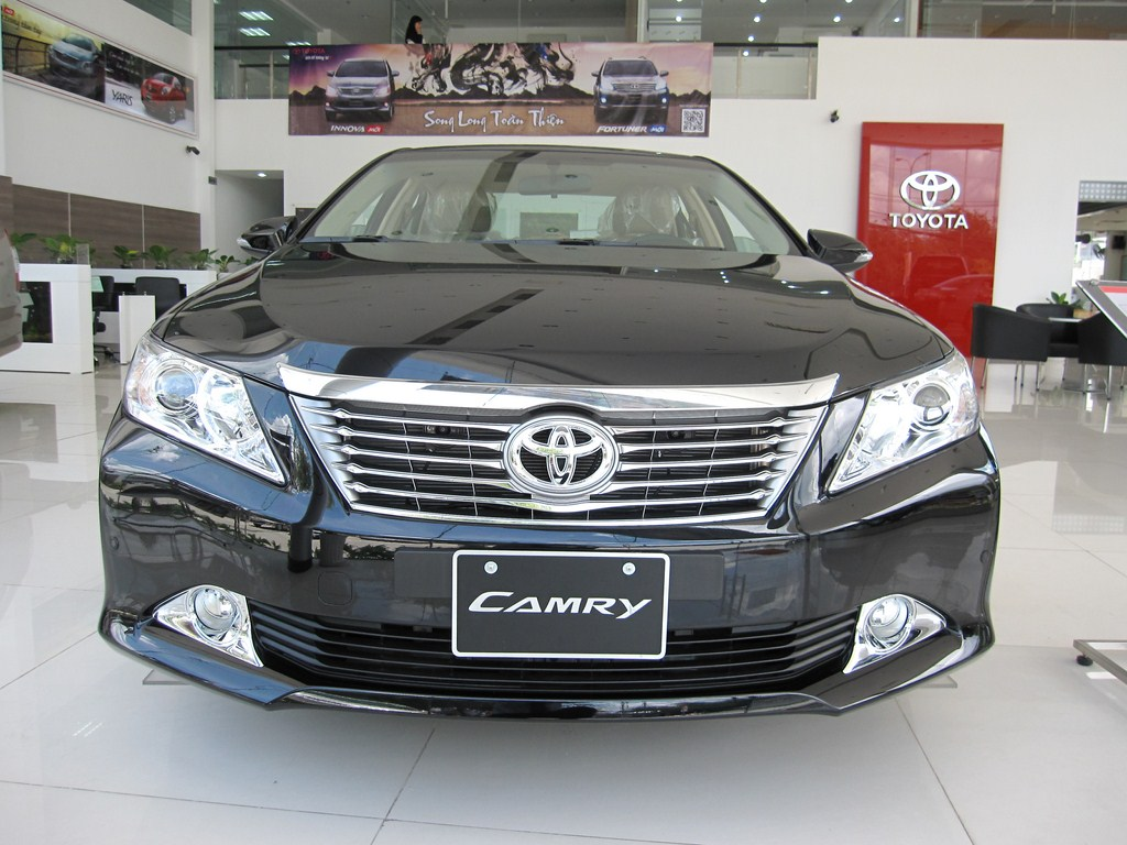 camry 2013 toyota camry 2013 th ng n m 2013. Black Bedroom Furniture Sets. Home Design Ideas