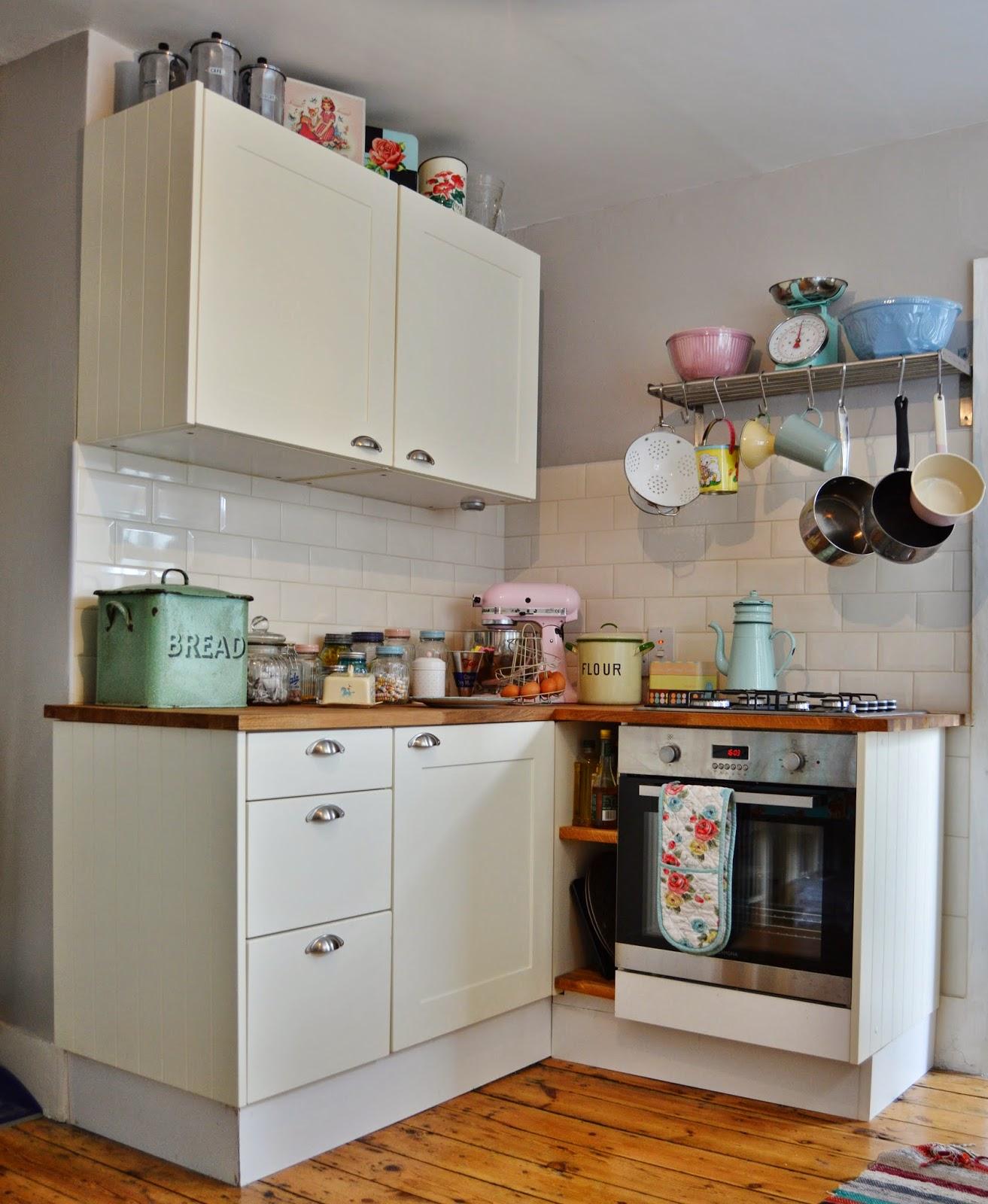 Betty lou's bakery: premiärvisning   vårt nya kök