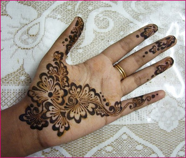 simple mehndi designs for hands 2012