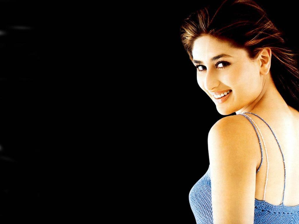 http://3.bp.blogspot.com/-6nB3b-xNRcA/UEiPYLvgrkI/AAAAAAAACUg/N1JzW8UIoFQ/s1600/Kareena+Kapoor+Wallpapers+-+7.jpg