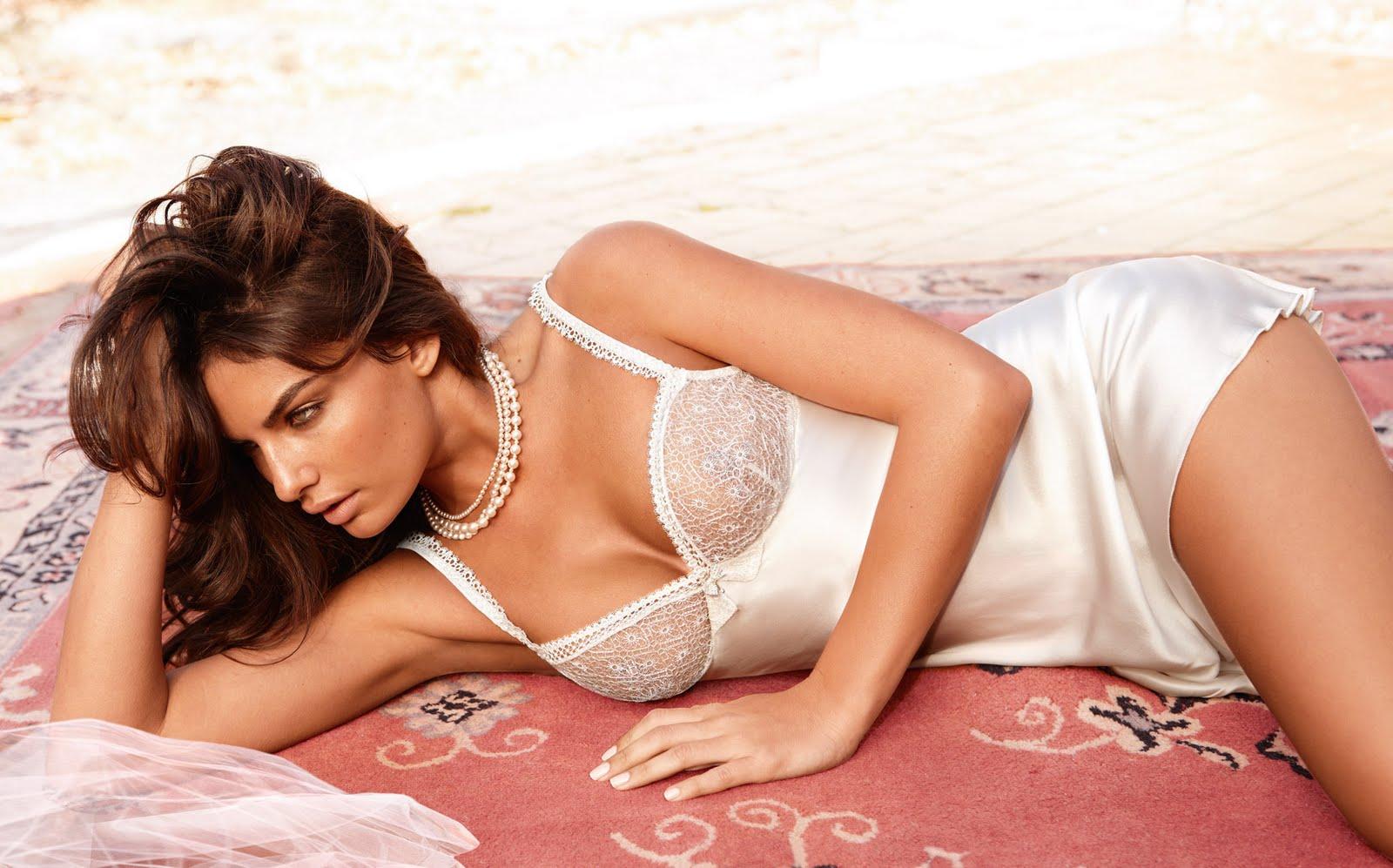 Models Inspiration: Al... Miranda Kerr Bellazon