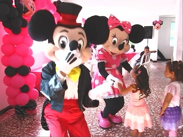 recreacionistas-medellin-minnie-y-mickey-mouse-bonitos-1