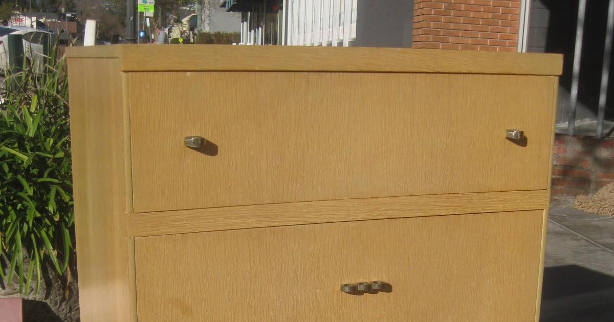 Uhuru Furniture Amp Collectibles Sold 1950s Dresser Set 170