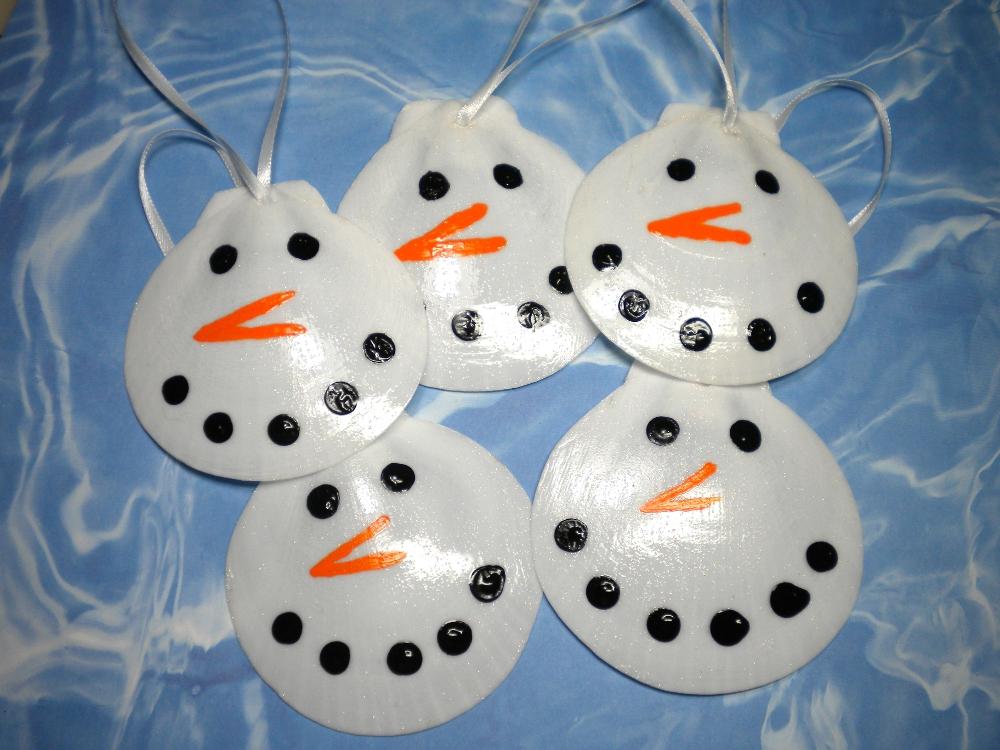 Del 39 s shells november 2012 for Christmas tree ornaments made from seashells