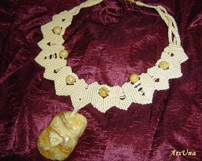 ожерелье макраме янтарь