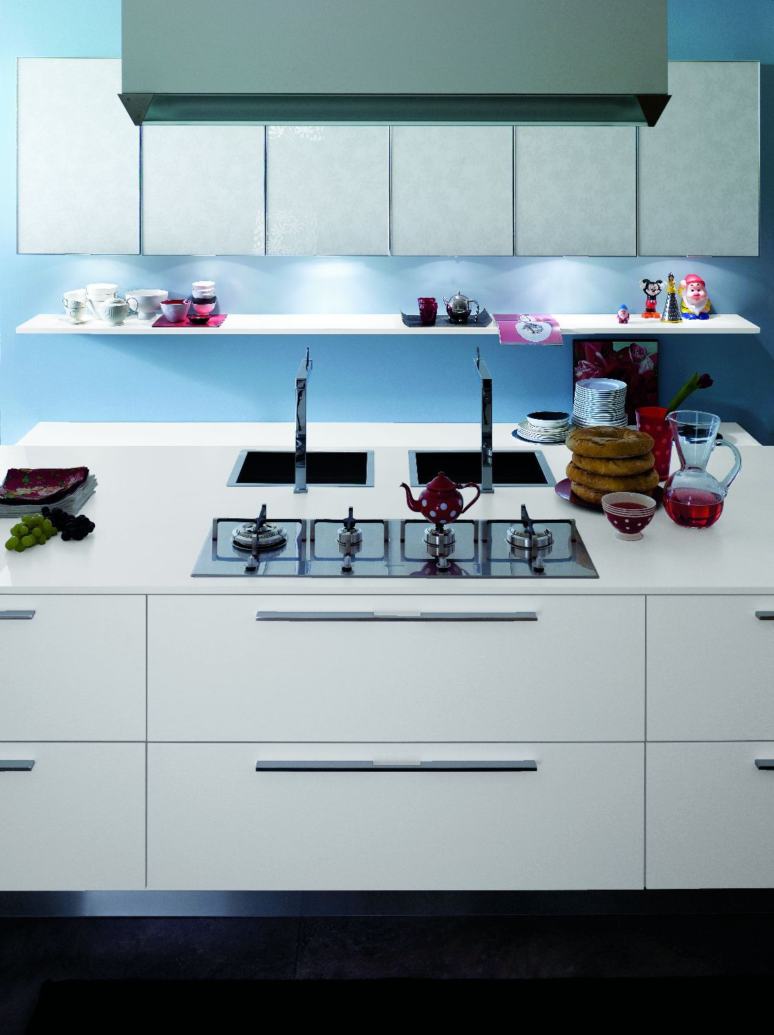 cuisine pur e. Black Bedroom Furniture Sets. Home Design Ideas