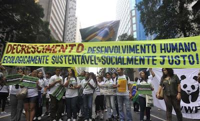 """Ambientalismo condena o Brasil à estagnaçao e à miséria, diz Lindzen.  Na Rio+20 pedem """"decrescimento"""". Foto Marcello Casal Jr-ABR"""