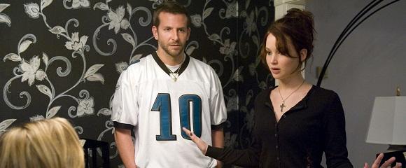 Bradley Cooper e Jennifer Lawrence em O LADO BOM DA VIDA (Silver Linings Playbook)