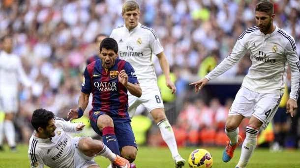 Luis Suárez debuta como titular contra el Real Madrid