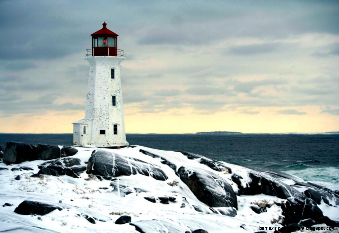 lighthouses in winter pointofno23
