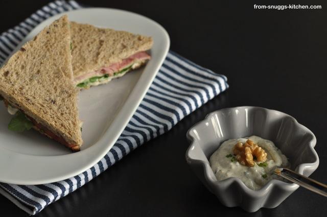Sandwich mit Walnuss-Dip