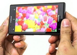 milik Sony yang mampu meningkatkan kontras dan ketajaman display