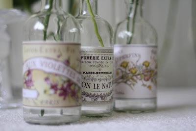 6 Flores em garrafas...!