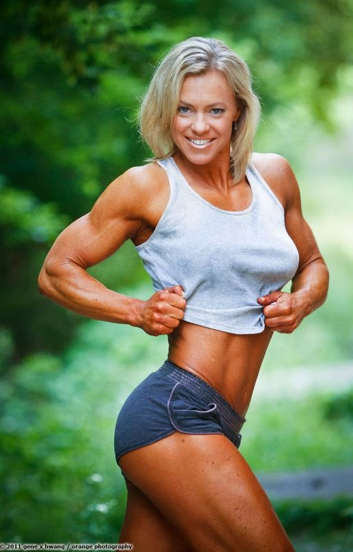 Laurie Heinrich - Female Fitness