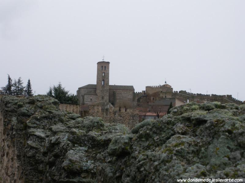 Buitrago de Lozoya, con la Iglesia de de Santa María del Castillo