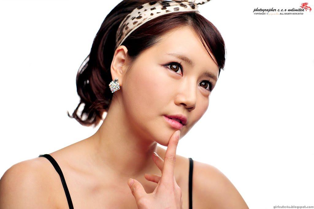xxx nude girls: Han Ga Eun - Peach Nightie