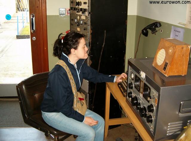 Usando una radio antigua en Irlanda