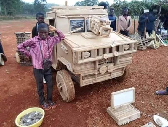 This little boy made this car from cartons (photo) 0