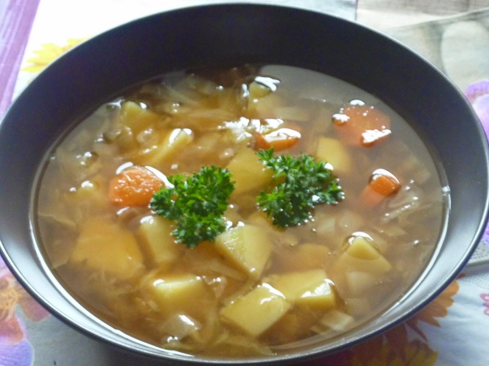 Zupa z młodej kapusty :-)