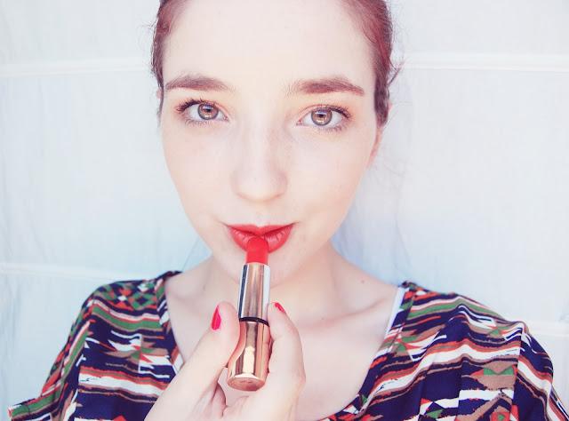Velvet Mat - Satin Lipstick from Kiko