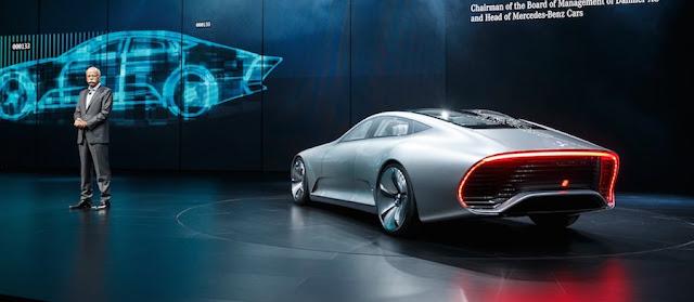 メルセデスベンツの新コンセプトカー、空力を追求した結果「変形」することに。