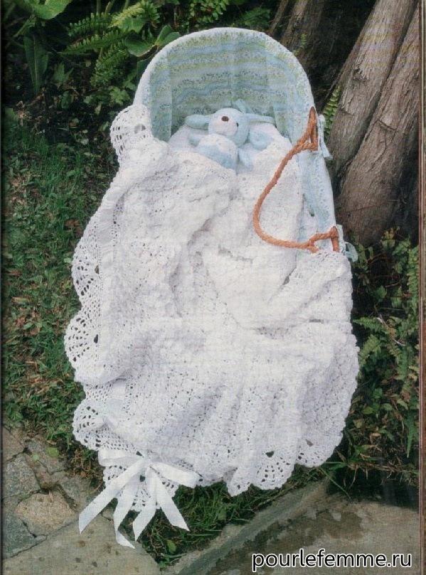 Вязанный на спицах детский плед