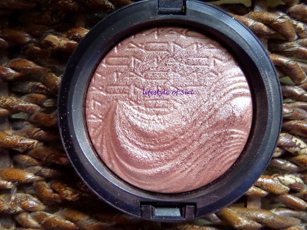 mac extra dimension skinfinish superb