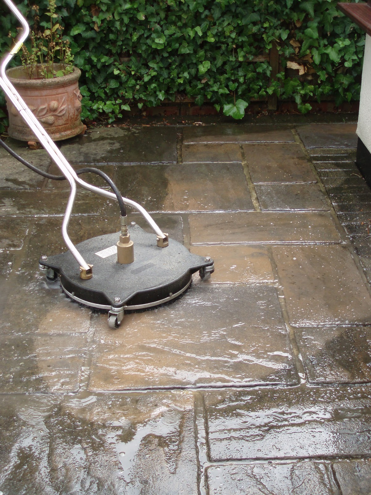 Wolverhampton window cleaning pressure cleaning specialists for Pressure wash concrete patio