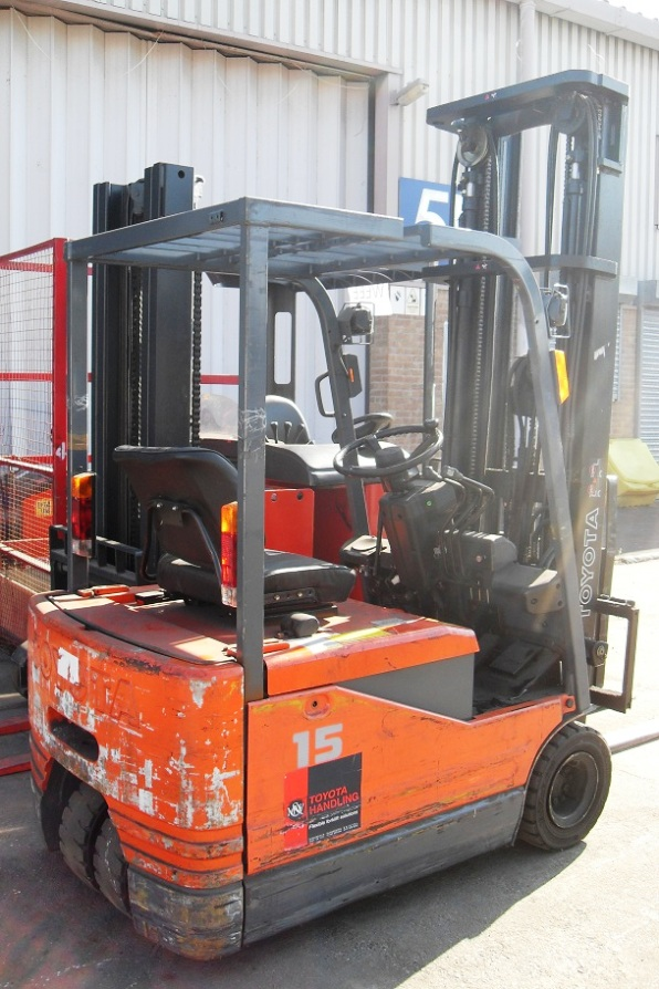 Electric Toyota Forklift Owners Manual 5fbe15 Auto Services border=